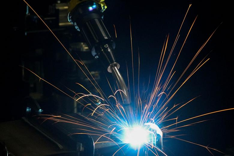5-misconceptions-about-robotic-welding-guns-and-consumables-1561043861.jpg